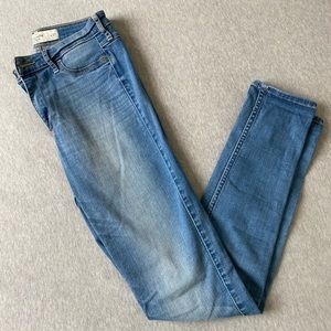 Abercrombie & Fitch W27 High Rise Skinny Jeans